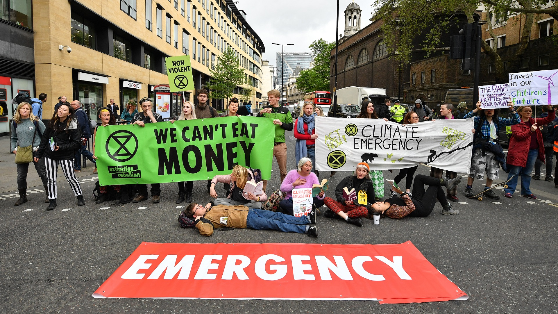 extinction rebellion_climate change protests_climate change action